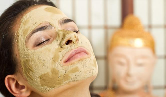 Gesichtsmasken kann man schnell selber machen.