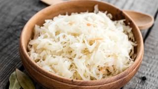 Sauerkraut wirkt auch als Saft sehr gesund.
