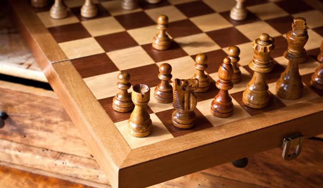 Ein angefangenes Schachspiel