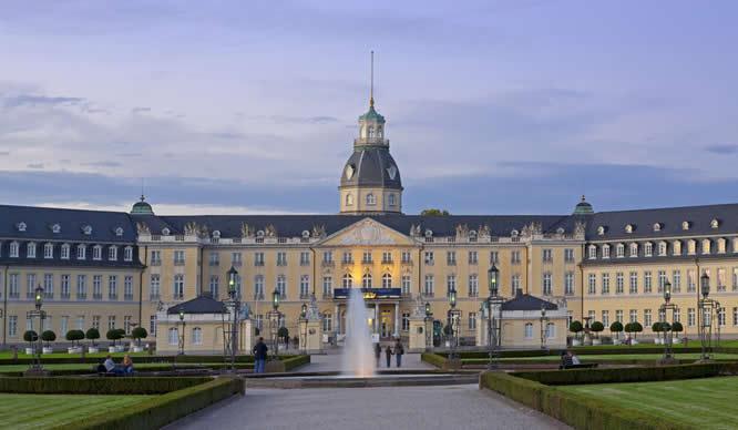 Das Schloss in Karlsruhe