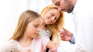 Hyposensibilisierung hilft bei Heuschnupfen.