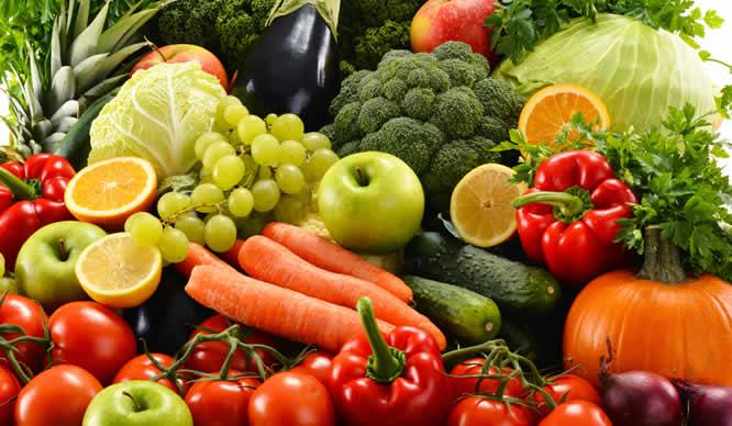 Gemüse und Obst sind die Grundlage einer Basenkur.