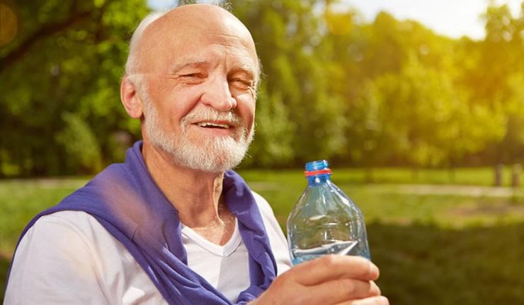 Viel Flüssigkeit und Sport halten das Gehirn in Form