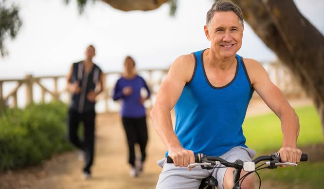 Radfahren hält im Alter fit