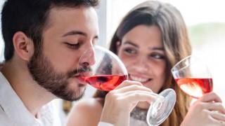 Wein soll vor Herzkrankheiten schützen.