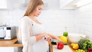 Während der Schwangerschaft auf eine gesunde Ernährung achten!